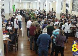 Jantar do Codeguim reúne devotos de Santo Antônio em Bento