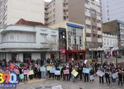 Manifesto contra Reformas e pela Educação ocorre em Bento