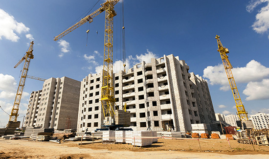 54647416 - construction site on which to build high-rise buildings