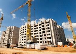 Trabalhadores da construção civil têm reajuste de 4,5% após dissídio