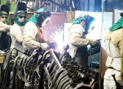 Produção industrial varia 0,2% em setembro