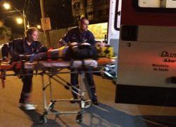 Motociclista fica ferida em acidente em Bento