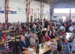 Mateada da Rádio Difusora reúne comunidade no Licorsul em Bento