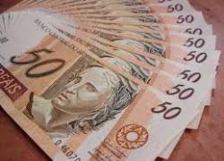 Poupança inverte tendência e tem retirada líquida de R$ 2 bilhões em outubro