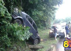 Acidente com danos é registrado na BR 470
