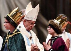 Papa Francisco pede mais esforços para garantir esperança e paz a refugiados
