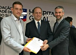 Ministro da Saúde recebe demanda de Bento, em agenda na região