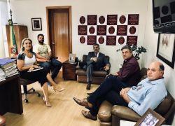 Ministério Público de Contas recebe relatório final da CPI da Escola de Monte Belo