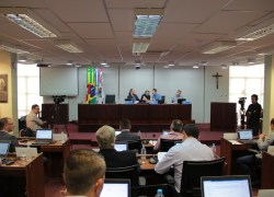 Câmara aprova seis projetos em sessão ordinária em Bento