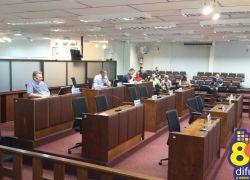 Vereadores participam de ato em Porto Alegre e sessão conta com apenas quatro parlamentares em Bento