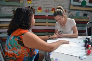Dia de beleza é oferecido às mães de alunos do Ceacri Toquinha da Amizade (1)