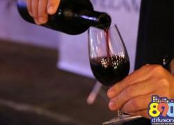 Projeto proíbe cobrança de taxa rolha quando se tratar de vinho e espumante produzido no RS