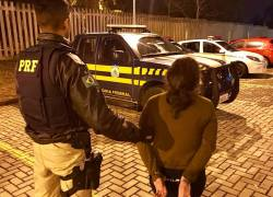 PRF prende mulher condenada por tráfico de drogas em Caxias do Sul