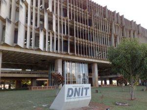 DNIT_edificio_sede_Departamento_Nacional_de_Infraestrutura_de_Transportes-740x555