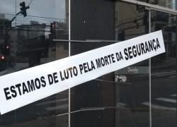 Por sequência de assaltos, lojista protesta por segurança na área central de Bento