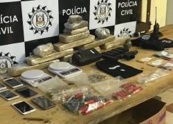 Quatro mulheres e um menor são detidos pro tráfico em Caxias