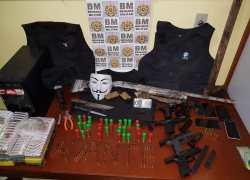 Quadrilha é presa com armas e drogas em Barão