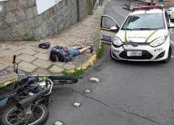 Indivíduo foge de abordagem Policial e acaba preso após colidir em viatura da BM em Bento