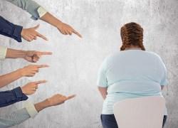 Empregada com depressão devido a bullying será indenizada por supermercado