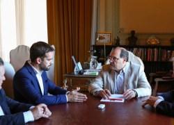 Sartori entrega a governador eleito minuta do pré-acordo de assinatura do Regime de Recuperação Fiscal