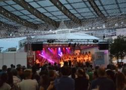 Com grande público, Natal Borbulhante de Garibaldi abre programação na praça