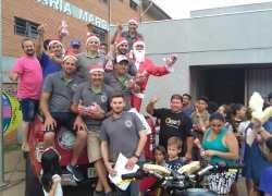 Festa de Natal e a solidariedade no Vila Nova II em Bento