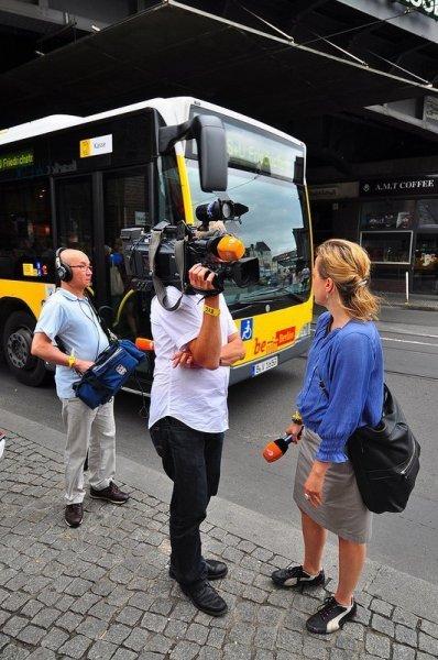 ZDF Kamera Team bereit für ein Interview