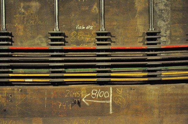 Markierungen im U-Bahn Tunnel
