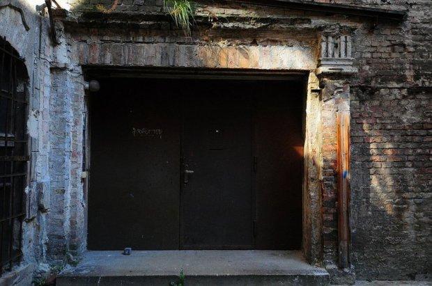 Main Entrance (?) of the Abandoned Cabaret