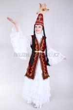 0083. Казахское платье с удлиненным камзолом