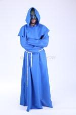3851. Монах в синем