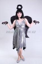 1333. Ангел серебристый с черными крыльями