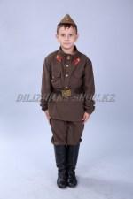 0736 Военный (советский солдат)