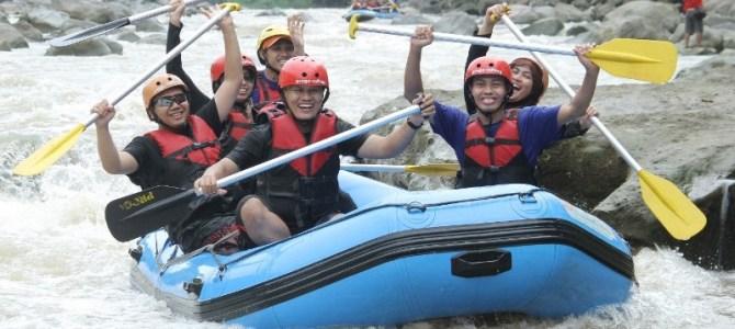 Asyiknya Arung Jeram Bersama Progo Rafting