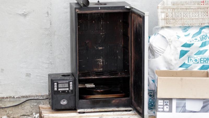 Как из старого холодильника сделать коптильню фото