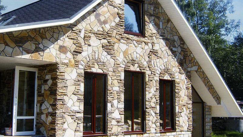внешняя отделка деревянного дома под камень