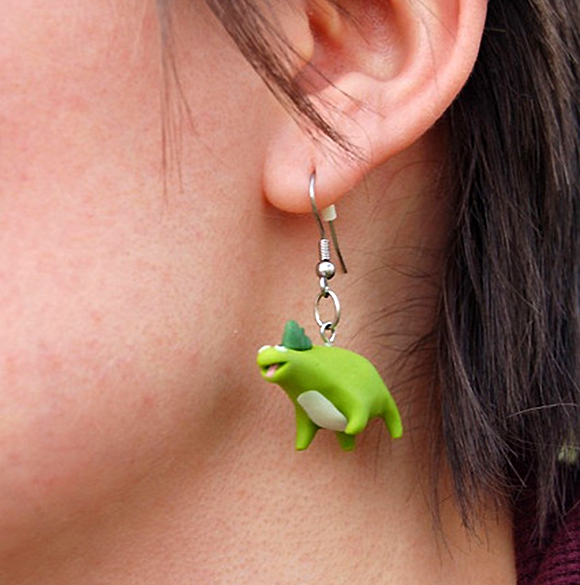 dino-love-dinosaur-earrings-dinosarurus-rex-rawr-means-i-love-you-in-dinosaur