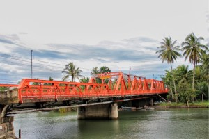 Quezon Bridge