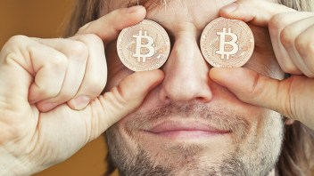 Australian claims he created bitcoin, but some remain skeptical
