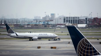 United Airlines to offer Wifi for redeemed miles