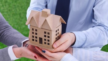 How to protect the sale of your house from fraudsters