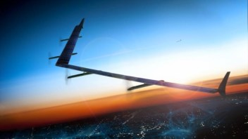 Aquila, Facebook's solar-powered internet drone takes flight