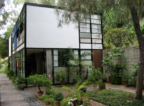 The Eames House (also known as Case Study Hous...