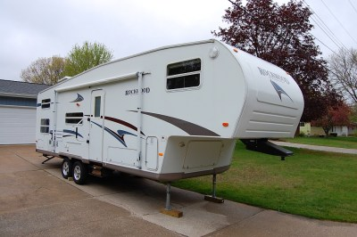 Why a 5th Wheel? | Ditching Suburbia