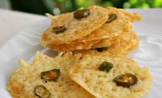 low-carb-cheese-crackers