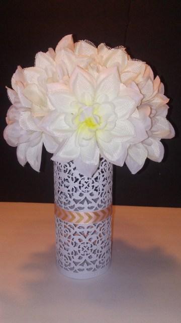 diy dollar tree flower arrangement centerpiece craft (9)