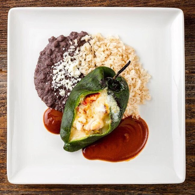 Red O chile rellenos