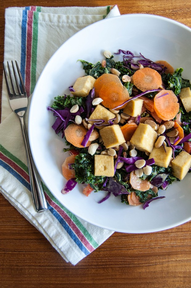 Kale Thai Peanut Salad Recipe