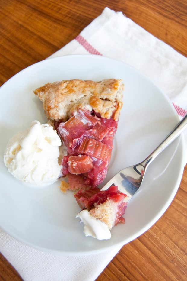 raspberry rhubarb crostata recipe