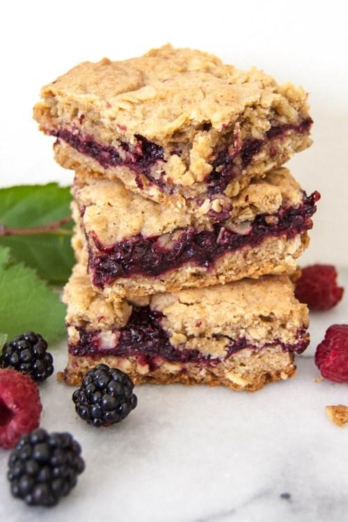 Cardamom Berry Oatmeal Crumble Bars